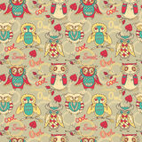 Colorful seamless pattern witn cute doodle owls. Vector illustration Royalty Free Stock Images