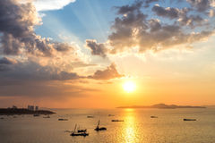 Colorful sunset at Pattaya bay Royalty Free Stock Photos