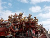 Colorful temple roof, in Taiwan royalty free stock photos