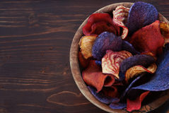 Colorful vegetable chips in bowl Royalty Free Stock Photography