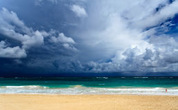 Colorful view of the ocean and clouds Royalty Free Stock Images