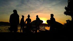 Colorfull предложения восхода солнца для того чтобы выучить прибой сегодня Стоковые Фото