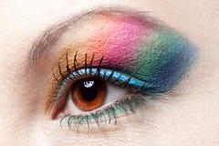 Colorfull Regenbogenverfassung auf Frauenauge Stockbild