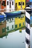 Colori chiari delle case di Burano Fotografia Stock