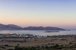 Colori di primo mattino sopra l'isola di Ano Koufonisi, Cicladi Fotografie Stock Libere da Diritti