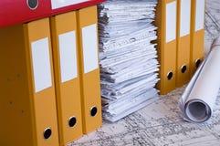 Colori i dispositivi di piegatura di archivio ed il mucchio delle illustrazioni di progetto Immagini Stock