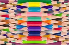 Colori il fondo senza cuciture del modello delle matite Immagini Stock