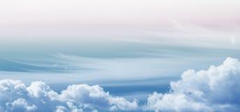 Colori pastelli luminosi del cielo Immagine Stock