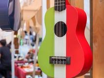 Colorido de la guitarra hawaiana del ukelele fotografía de archivo libre de regalías