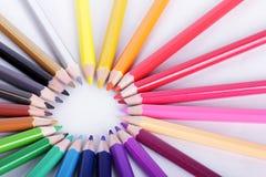 Colorido de los lápices en el concepto todos para uno Foto de archivo