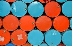 Colorido de los tanques de aceite viejos Fotos de archivo libres de regalías