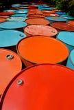 Colorido de los tanques de aceite viejos Imagenes de archivo