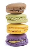 Colorido de Macaron Macarons apilado Fotos de archivo