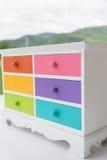 Colorido del gabinete de los accesorios con el cajón Imagen de archivo libre de regalías