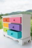 Colorido del gabinete de los accesorios con el cajón Fotos de archivo