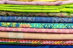 Colorido do estilo de seda tailandês fotografia de stock