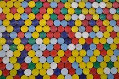 Colorido imprensa-em tampas das latas fotos de stock