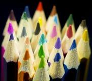 Colorpencils en diversos colores fotografía de archivo