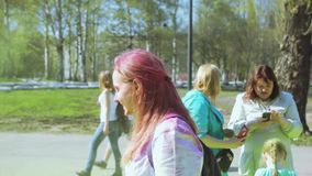 colors festivalholi arkivfilmer