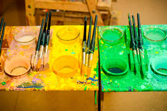 colors paintbrushes Arkivbilder