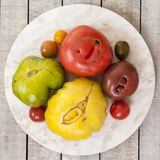 colors röd tomatyellow för heirloom Royaltyfri Foto