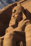 Coloso de Rameses II, figura asentada Foto de archivo