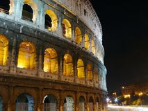 Colosseo τη νύχτα, Ρώμη Στοκ εικόνα με δικαίωμα ελεύθερης χρήσης