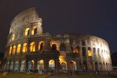 Colosseo alla notte Fotografie Stock Libere da Diritti
