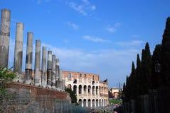 Colosseo e forum Fotografia Stock Libera da Diritti