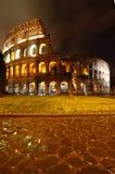 Colosseo na noite, Roma Foto de Stock