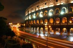 Colosseo na noite, Roma Fotografia de Stock