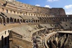 Colosseo nach innen Stockbild