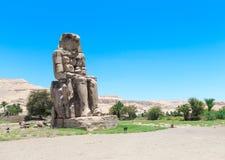 Colosses de Memnon - deux statues en pierre massives Images stock