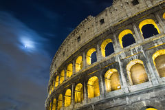 colosseum的看法在晚上 图库摄影