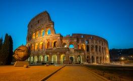 Colosseum à Rome, Italie la nuit photographie stock libre de droits