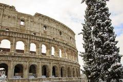 Colosseum και imperiali Fori, χιόνι στη Ρώμη Στοκ Φωτογραφίες