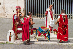 Colosseum - гладиаторы и Dominus стоковые изображения rf