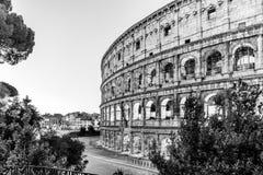 Colosseum, или Колизей Восход солнца утра на огромном римском амфитеатре, Риме, Италии стоковая фотография rf