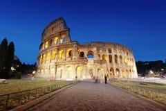 Colosseum на ноче, Риме Стоковое Изображение