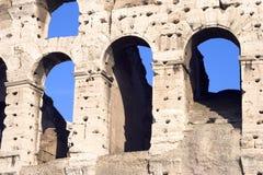 Colosseum arqueia o close up imagens de stock