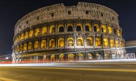 Colosseum avec le trafic Photo libre de droits