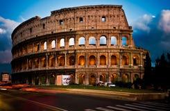 Colosseum bij Schemer Royalty-vrije Stock Foto