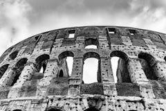 Colosseum, coliseu ou Flavian Amphitheatre, em Roma, It?lia imagens de stock royalty free