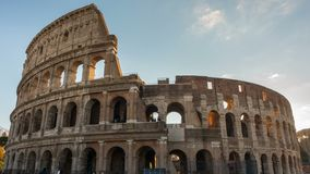 Colosseum of Coliseum timelapse, Flavian Amphitheatre in Rome, Italië stock footage