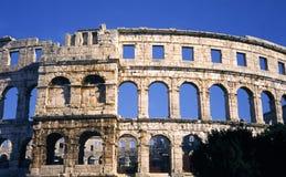 Colosseum dans les Pula Image stock