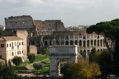 Colosseum e forum a Roma, Italia Immagini Stock