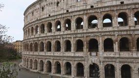 Colosseum em Roma - a maioria de atração turística famosa na cidade - di Roma de Colosseo video estoque