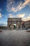 Colosseum en Boog van Constantine, Rome, Italië royalty-vrije stock afbeelding