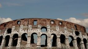 Colosseum en Roma, Italia Lapso de tiempo almacen de metraje de vídeo