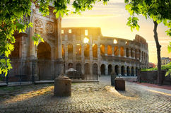Colosseum et voûte image stock